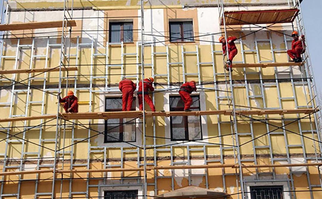 Такой процесс, каккапитальный ремонт общественных зданий, требует привлечения опытного и ответственного подрядчика. Важно правильно организовать работы по устранению неисправностей и замене отдельных элементов здания, гарантировать качественный результат, соблюдение установленных сроков с учетом нормативных требований.